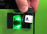 装有二维读码器的细胞分析仪有助于简化实验室工作流程,确保质量并降低认为出错率
